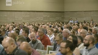 Southern Baptists condemn alt right
