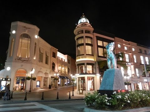 Walking on Rodeo Drive Beverly Hills at night in 4K