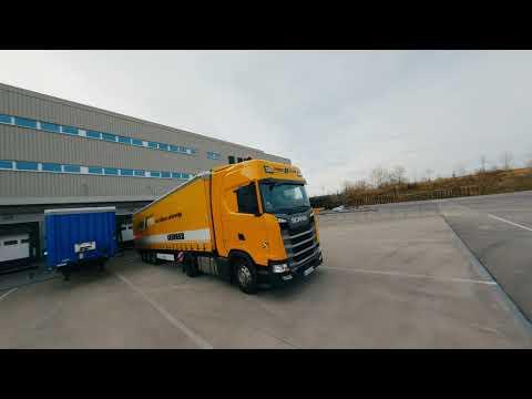 Liebherr - Visite du centre logistique hautement automatisé