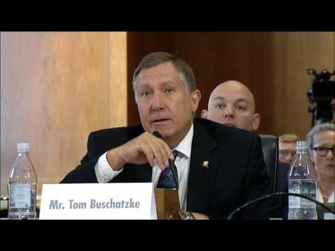 Sen. Flake Questions Arizona Water Official at Drought Hearing