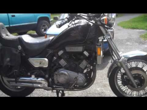 How to give a motorcycle tune up - YouTube