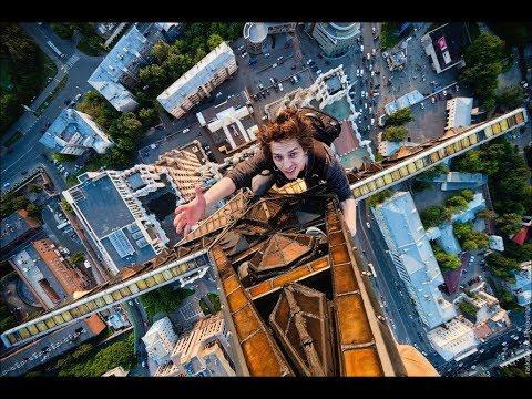 Extreme urban free climbing 2018
