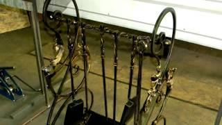 видео Кованые аксессуары для камина