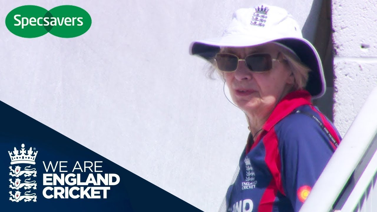 When Cricket Goes Wrong   #SHOULDVE Specsavers Moments   Episode 5