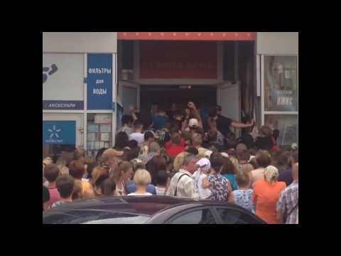Cеконд хенды в Житомире провоцируют драки за товар