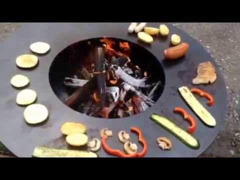 stahl feuerschale mit teppanyaki grillring youtube. Black Bedroom Furniture Sets. Home Design Ideas