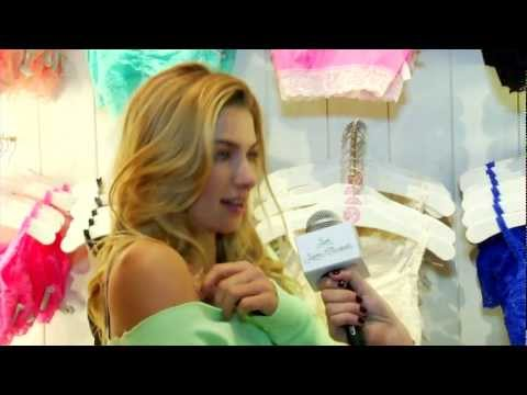 Victoria's Secret PINK Grand Opening With Jessica Hart!