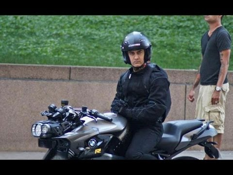 Aamir Khan Riding Bmw K 1300 R For Dhoom 3 Youtube