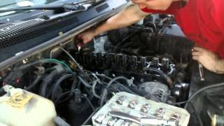 Jeep 4.0L Straight 6 Cylinder Head Removal