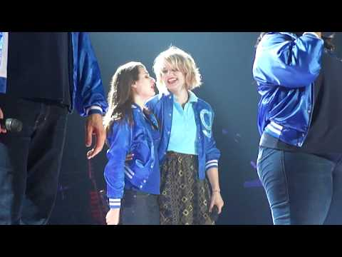 Somebody To Love - Glee live in Dublin