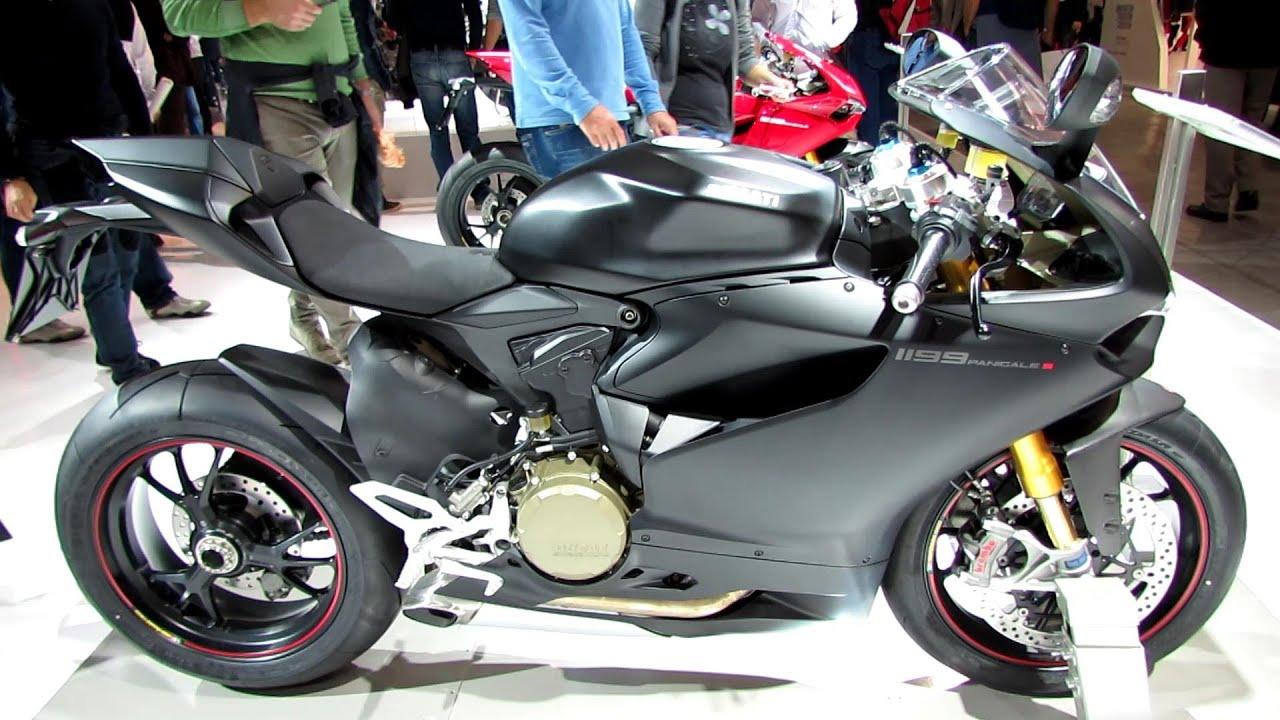 Ducati panigale 1199 r black
