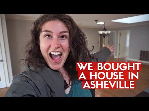 WE BOUGHT A HOUSE! 🏡 Moving Into First House In Asheville, NC