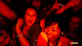 Скачать Beyoncé Performs Single Ladies Put A Ring On It At Glastonbury 2011