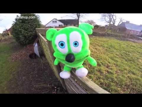 Gummibär SLOOOOOWWW Hey Look Live Action Gummy Bear Song