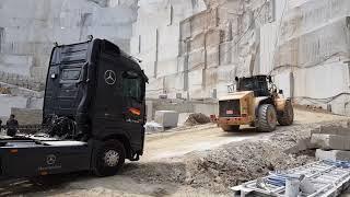 부여특수추레라 100톤 원석 상차및운반