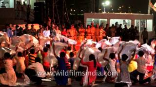 Indian kids dance to theme song 'United through Ocean' : IFR 2016