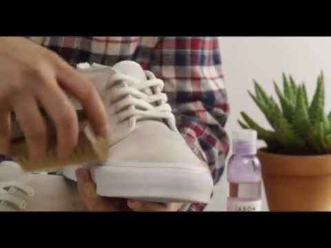 CLEANING SUEDE WITH JASON MARKK