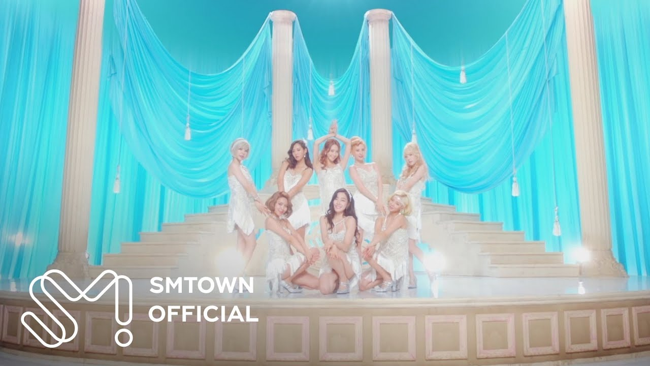 Girls' Generation 소녀시대 'Lion Heart' MV