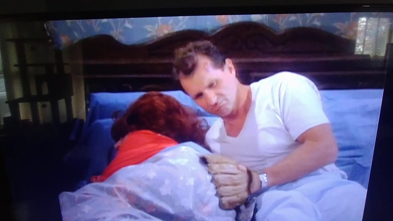 Peggy Bundy says Thats Disgusting strikes back! 😻😹😻😹