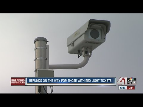 Settlement offered for red-light camera tickets