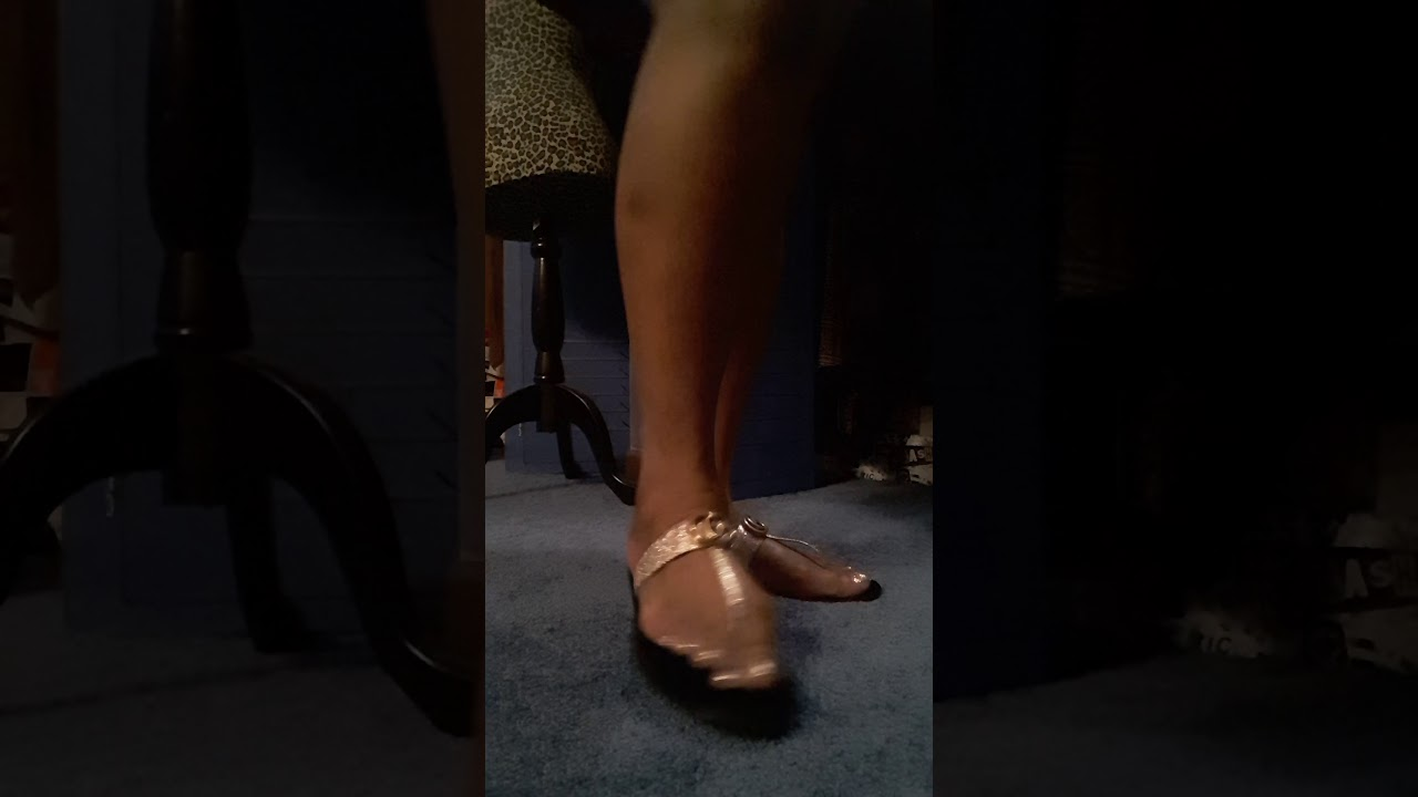 3db406fc4528 Gucci marmont thong sandals - YouTube