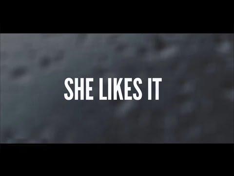 Jason Aldean - She Likes It (Lyric Video)