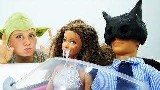 Видео с Барби. Костюм Бэтмена для Кевина на Хэллоуин