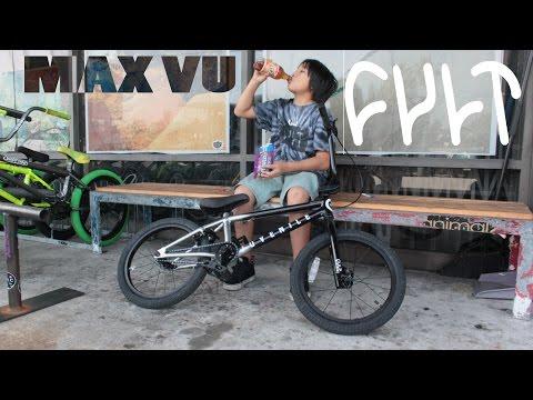 """MAX VU BUILDS UP NEW CULT JUVENILE 18"""" BMX BIKE"""