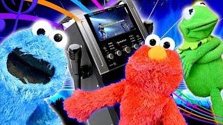 Elmo and Kermit The Frog Do Karaoke with Strangers!