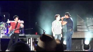 Luke Bryan, Funny 'Country Girl' Version X2 from LP Field, CMA Fest '12