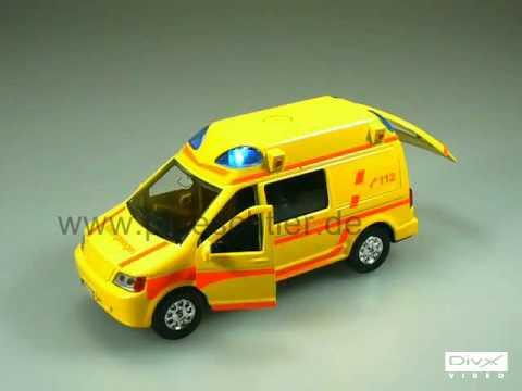 spielzeug krankenwagen mit licht sound 2144 youtube. Black Bedroom Furniture Sets. Home Design Ideas