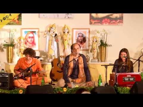 Kongress Video: Satyaa und Pari auf dem Yoga Vidya Musikfestival 2015