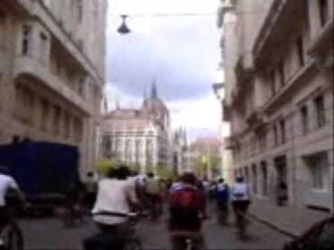 Critical Mass Budapest 2009. 04. 19. Akadémia utca, Kossuth Lajos tér, és a SÜNözés