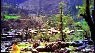 VERY-POPULAR-OLD-INDIAN-SONG-CHAND-SI-MEHBOOBA-MUKESH-(-1965-)[www.savevid.com].flv