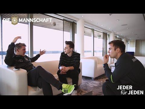 Behind the Scenes: Felix Jaehn und DIE MANNSCHAFT im Austausch