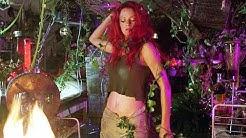 Dr. Pamela Isley turns into Poison Ivy | Batman & Robin
