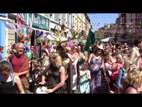 Clonakilty Organic Arts Festival ~ Street Feast & Parade [HIGHLIGHTS]