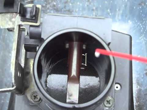 Cleaning Mass Air Flow Sensor Maf On Nissan Altima 2001