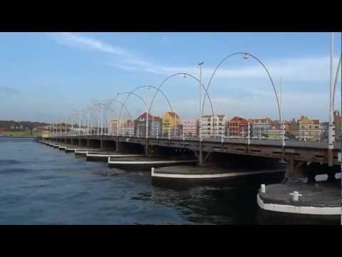 Queen Emma Bridge: The Swinging Old Lady of Curacao