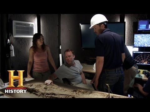 Billion Dollar Wreck: The Ship's in Bad Shape (S1, E1)   History