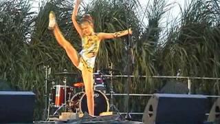 Мэрилин Довженко2-Купальские зори Голая пристань 2.7.2011(Мэрилин Довженко-