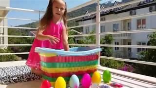 Видео для детей / Сюрпризы в шариках орбиз