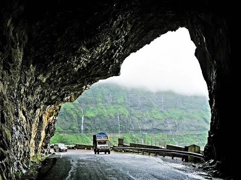 Malshej Ghat Pune waterfall in the middle of the Road.........!!