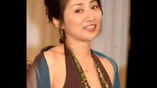 私が憧れてる女優は松下由樹さんです 由樹さんみたいな綺麗な女性になり...