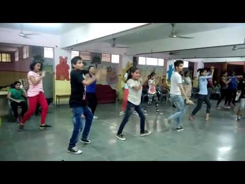 Mile ho tum humko dance choreography - lyrical hip hop - Rockstar Academy Chandigarh