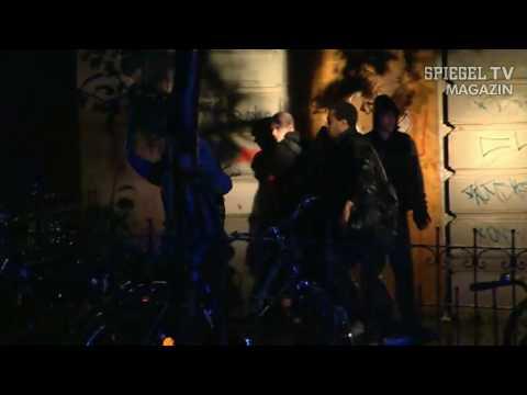 Spiegel tv hamburg wie es brennt und lacht volksfest der for Youtube spiegel tv