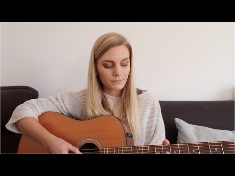 Billie Eilish – No Time To Die (acoustic cover)