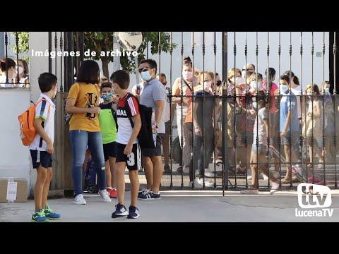VÍDEO: El Ayuntamiento de Lucena abre la convocatoria de becas escolares, dotada con 35.000 euros