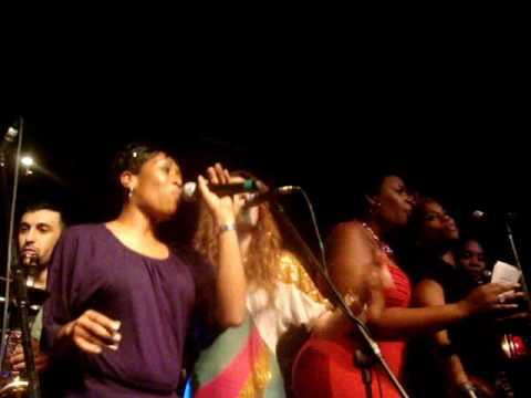 Soulfingaz Tribute Concert- Divine Brown, Saidah Baba Talibah, Ivana Santilli & More Sing It Back!