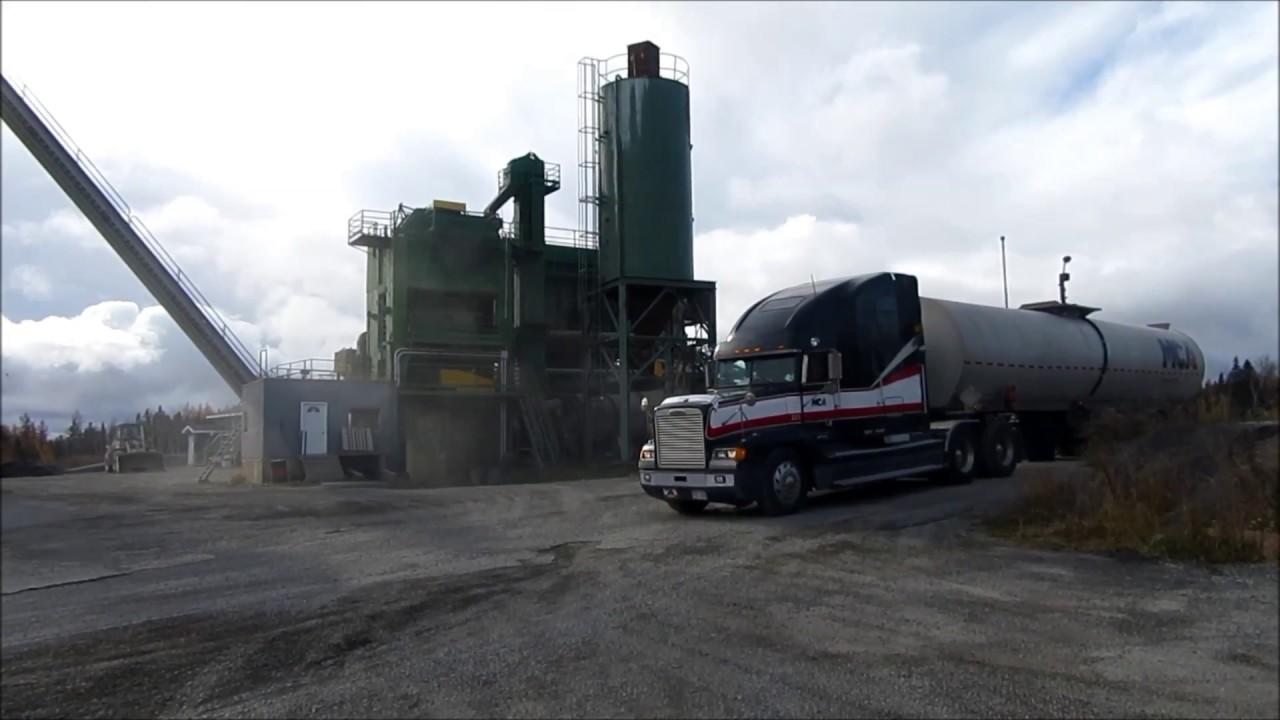 freightliner liquid asphalt hauler